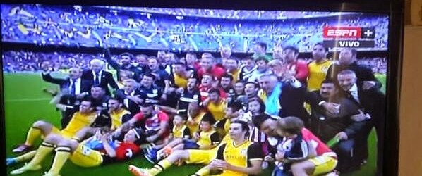 Thibaut Courtois, Aranzubia e Burgos campeões da Liga BBVA 2013/2014 pelo Atlético de Madrid!