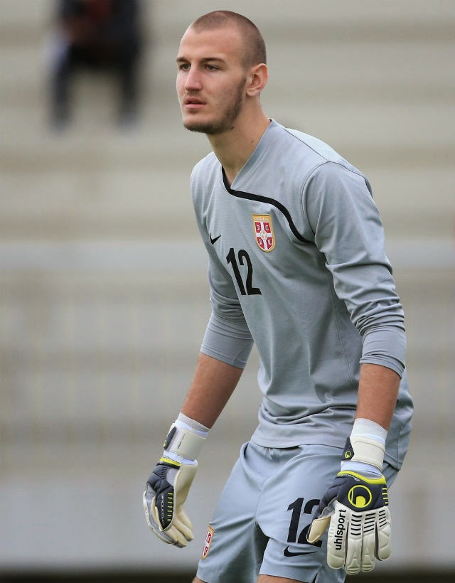 Vanja Milinkovic assina pelo Manchester United
