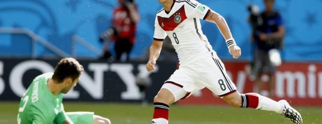 Rui Patrício com queixas após jogo com Alemanha