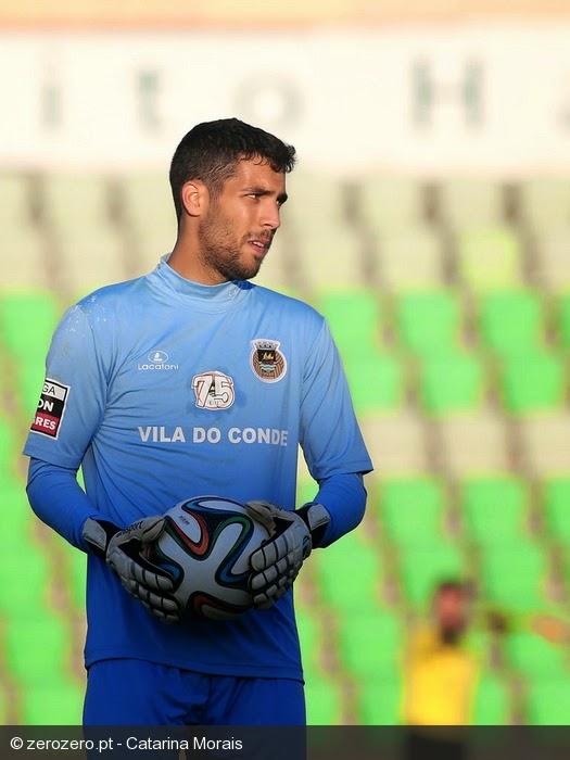 Hugo Ventura com proposta de renovação