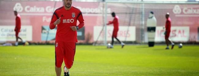 Júlio César pode jogar contra o Vitória FC: Jorge Jesus