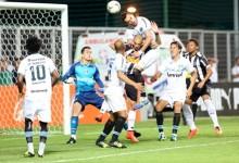 Marcelo Grohe há 415 minutos e 4 jogos sem sofrer golos