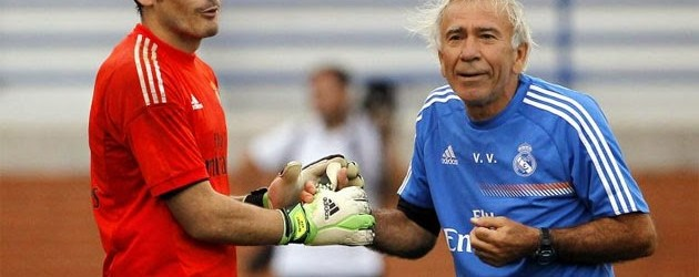 Villiam Vecchi defendido por Ancelotti