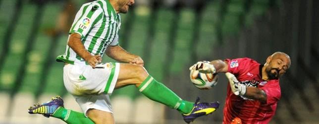Dani Mallo lesionado com fractura numa mão