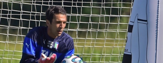 Buffon, Sirigu e Mattia Perin convocados pela Itália para jogos contra Azerbaijão e Malta