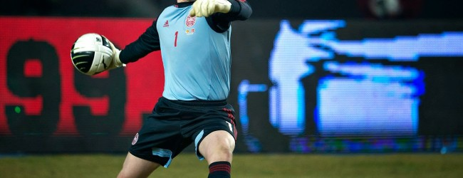 Schmeichel, Jasper Hansen e Andersen convocados pela Dinamarca para jogos contra Portugal e Albânia