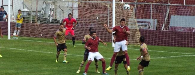 Paulo Ribeiro melhor em campo no Oriental 0-0 Chaves