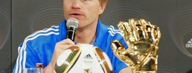 Kahn vê Neuer como vencedor da Bola de Ouro