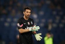 Buffon era líbero no Parma e deixa críticas à Bola de Ouro