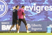 Helton inscrito na Champions League – Andrés Fernández fora da lista