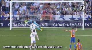 Diego Alves iguala recorde de penaltis defendidos e faz grande exibição no Real Madrid 2-2 Valencia