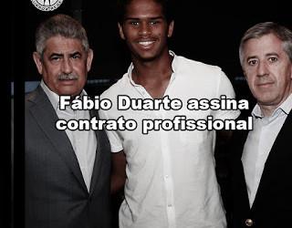 Fábio Duarte assina contrato profissional com o Benfica