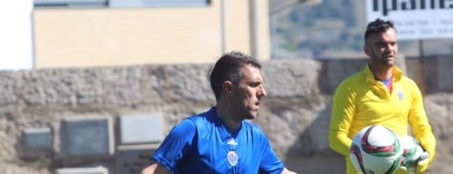 Carlos Pires agradece prémio e enaltece treinadores da Segunda Liga