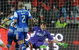 Iker Casillas já conquistou seis pontos ao SL Benfica