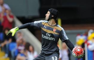 Guarda-Redes com equipamentos pretos sofrem menos golos na Premier League