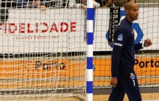 Alfredo Quintana renova pelo FC Porto