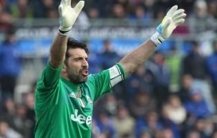 Gianluigi Buffon estende recorde para 836 minutos sem sofrer