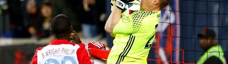Tim Melia: seis defesas, um penalti detido e um recorde com baliza inviolada no Sporting KC