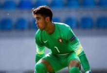 Diogo Costa chega à final do Europeu sub-17 sem golos sofridos