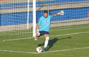 Marco Pinto assina pelo CD Aves