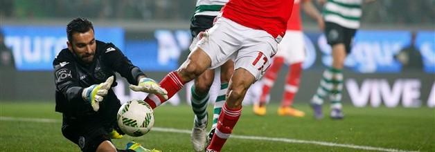 Rui Patrício foi o guarda-redes menos batido e com mais jogos sem sofrer na Primeira Liga 2015/2016