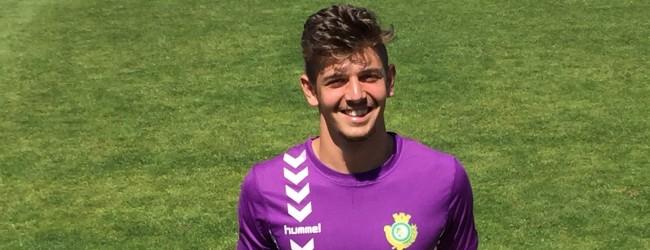 Diogo Seixas Ferreira faz pré-época com seniores do Vitória FC