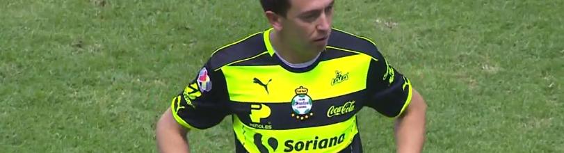 Agustín Marchesín desloca dedo e termina encontro a avançado