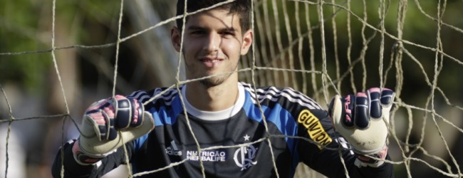 Daniel Tenenbaum emprestado ao Maccabi Tel Aviv
