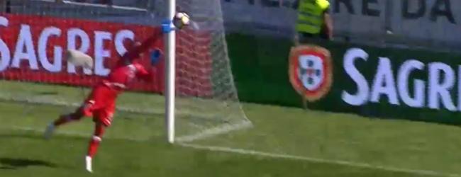 Peçanha faz defesa vertiginosa no CD Feirense 0-3 Moreirense FC