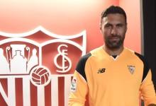 Salvatore Sirigu emprestado ao Sevilla FC