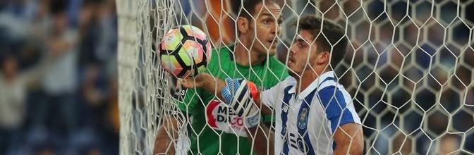 Kamran Aghayev estreia-se com três defesas e um erro pelo Boavista FC