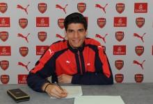 João Virgínia assina contrato profissional pelo Arsenal FC aos 17 anos