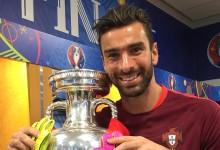 Rui Patrício nomeado para a Bola de Ouro ao lado de Buffon, Neuer e Lloris