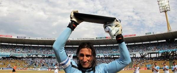Juan Carlos Olave retira-se aos 40 anos