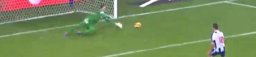 Carlos Marafona defende penalti e brilha com 11 defesas – FC Porto 1-0 SC Braga