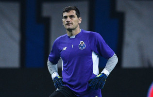 "Iker Casillas: ""O posto de guarda-redes é o mais ingrato e injusto"""