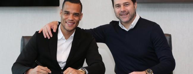 Michel Vorm renova pelo Tottenham