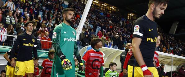 Miguel Ángel Moyà volta a jogar pelo Atlético de Madrid 10 meses depois