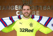 Jak Alnwick assina pelo Rangers