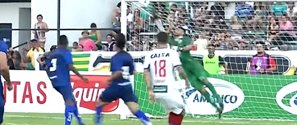Alex Alves brilha em quatro defesas no Altos 0-0 Bahia