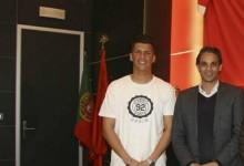 Daniel Azevedo assina contrato profissional com o SL Benfica