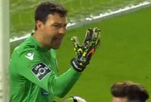 Douglas Jesus destaca-se no Vitória SC 0-2 FC Porto