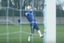 Andy Rhodes e treino de guarda-redes do Sheffield Wednesday FC destacado na Sky Sports