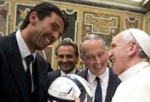 Papa Francisco inspira-se e pensa nos guarda-redes em situações da vida