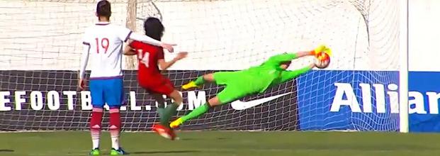 Tatiana Shcherbak defende penalti e é a melhor em campo – Portugal 0-1 Rússia
