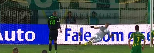 Cláudio Ramos voa em bela defesa e defende grande penalidade – CD Tondela 1-4 Sporting CP
