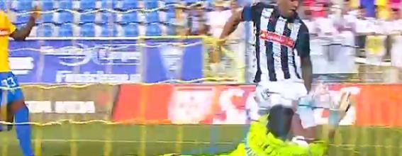José Moreira destaca-se em três defesas mas suxo no golo adversário – Estoril 0-1 CD Nacional