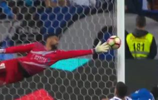 Vaná Alves é o melhor em campo num espetáculo de oito defesas – FC Porto 0-0 CD Feirense