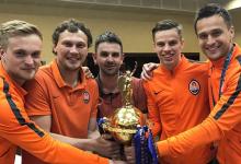 Toni Ferreira também conquista Taça da Ucrânia pelo Shakhtar e celebra dobradinha