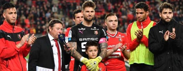 Benoît Costil deixa Rennes após seis anos e 250 jogos de Rouge